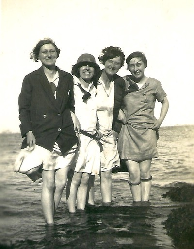 Friends paddling in the sea in the 1930's a digital memorial picture from www.socialembers.com
