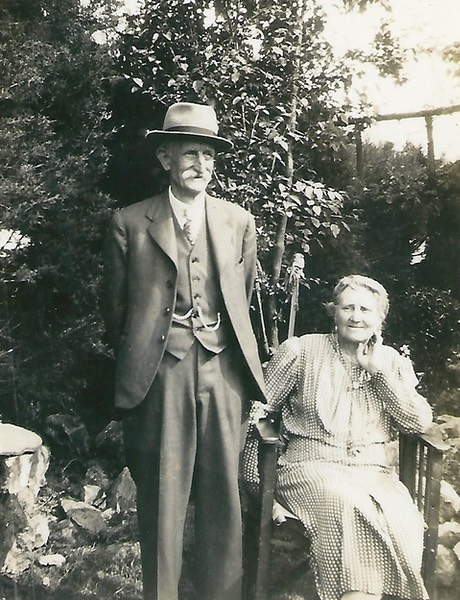 George and his wife Eliza - picture from digital memorial by www.socialembers.com