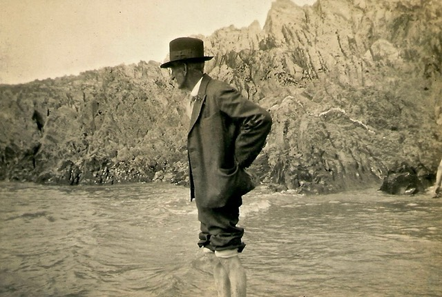 Man paddling in sea - picture from digital memorial by www.socialembers.com