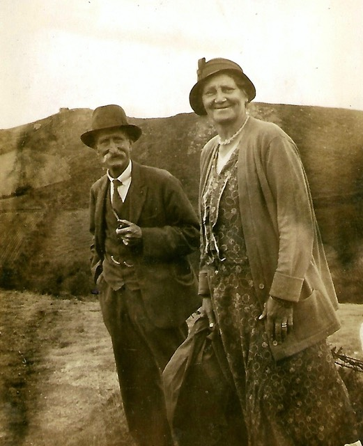 George Wilkins, exploring with his wife Eliza - picture from digital memorial by www.socialembers.com
