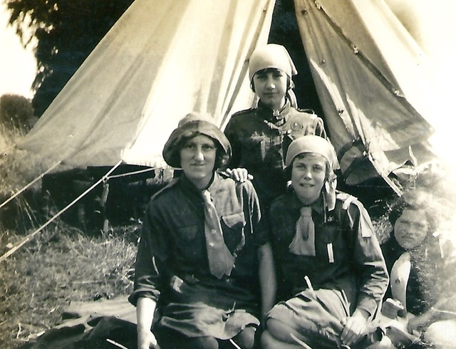 10th Weymouth Girl Guide Unit at Blandford Camp in 1929 picture from digital memorial - www.socialembers.com